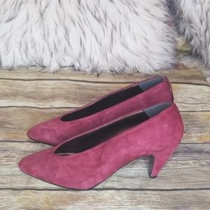Sacha Too Suede Pumps Size 6